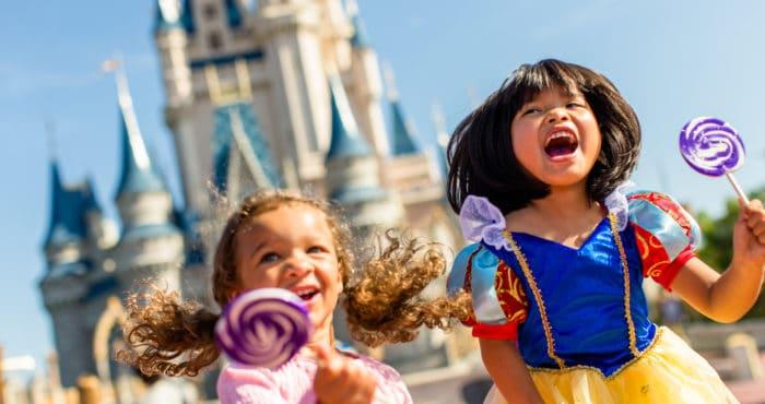 Walt Disney World Says Goodbye to Outdoor Masks
